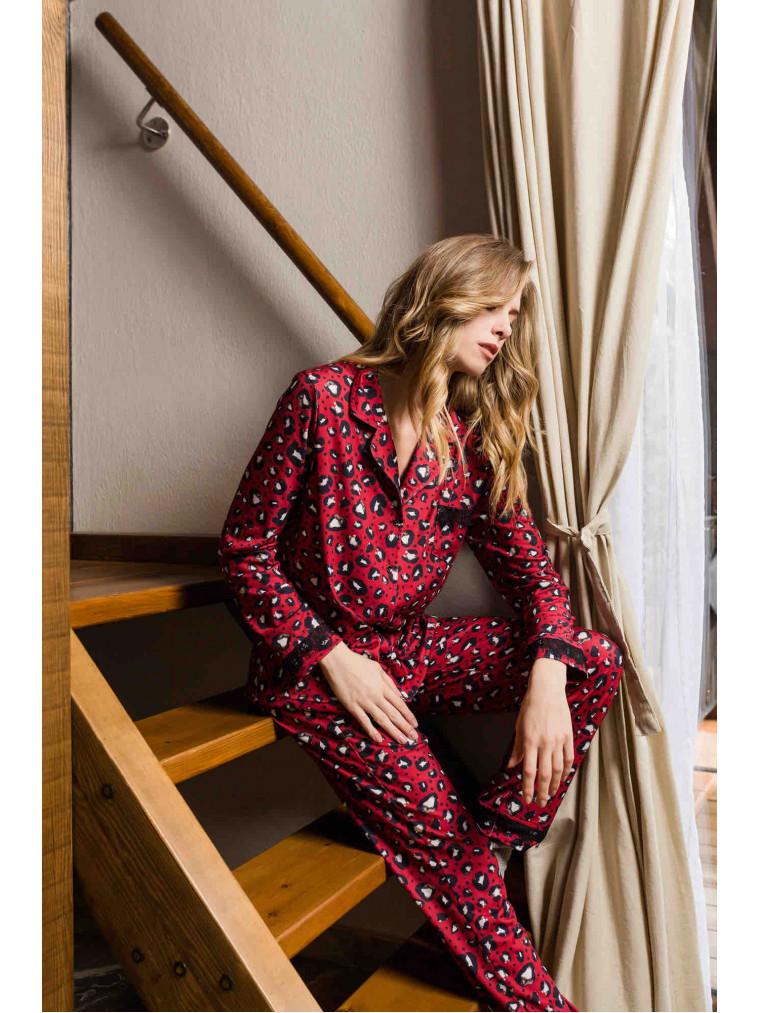 Γυναικεία πυτζάμα με leopard print
